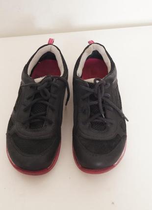 Легчайшие кроссовки