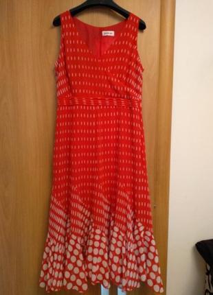 Яркое красивое шифоновое платье. размер 16.