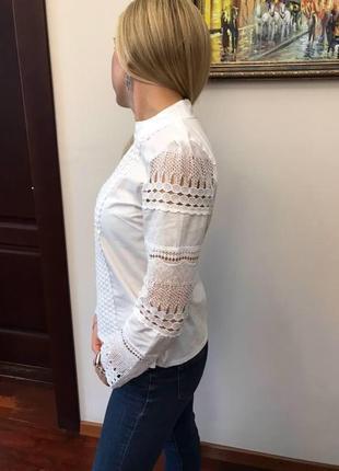 Белая блуза с кружевом5 фото