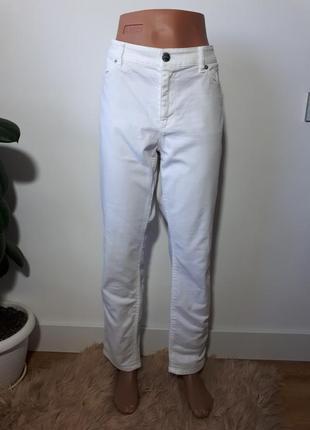 d35541b9957 Белоснежные джинсы marc cain