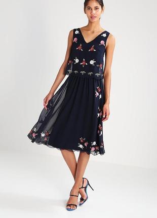 "Красивое платье ""frock&frill"", размер 14 (м-l)."