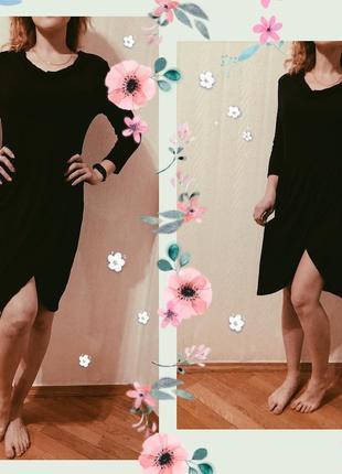 Платье с интересными плечами и красивым разрезом размер s/m