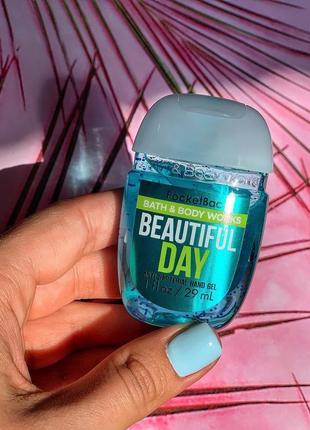 Антисептик от американского бренда bath & body works {вкус - прекрасный день}