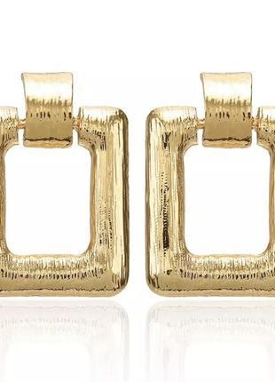 Золотые квадратные серьги