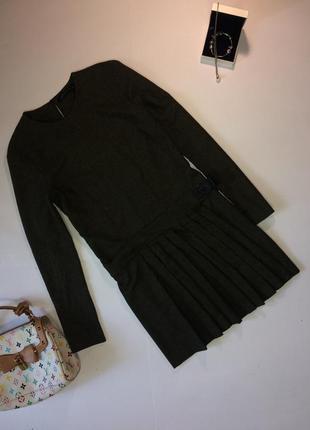 Платье хаки меланж с плиссировкой от zara s