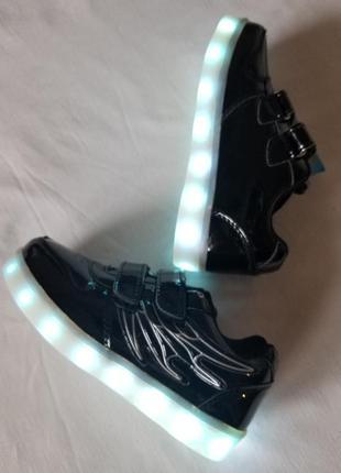 Светящиеся led кроссовки c зарядкой usb