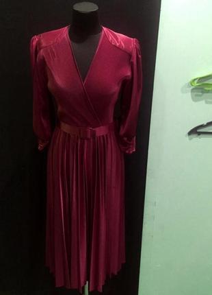 Продам нереально красивое винтажное шолковое платье