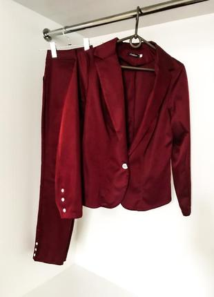 Женский строгий классический бордовый костюм брючный штаны с пиджаком жакетом
