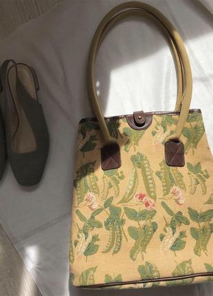 Очень красивая сумка