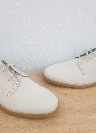 Мужские оригинальные туфли ессо