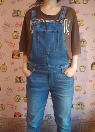 Трендовий джинсовий  комбінезон