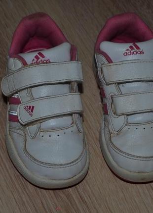 Кроссовки девочке adidas 14см