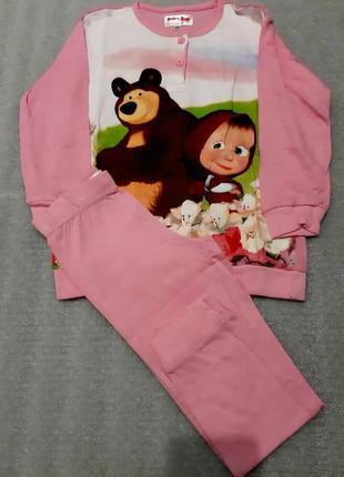 Отличная пижамка с машенькой и мишей из англии