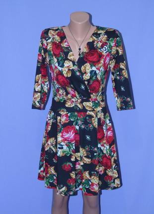 Платье 46 размера в цветочный принт