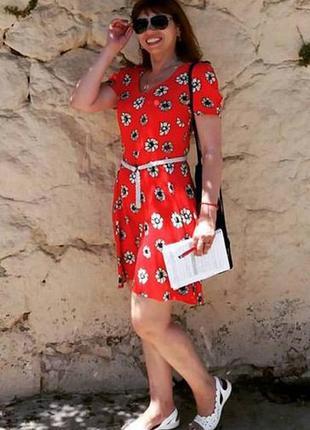 Супер платье из натуральной вискозы, красное в цветочек