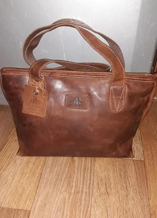 Эксклюзивная сумка ручной работы фирмы rowallan!100% кожа.