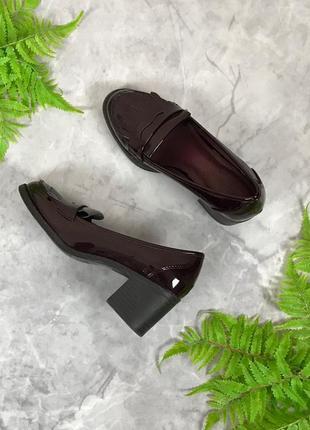 Стильные лоферы на устойчивом каблуке цвета марсала  sh1916027 marks & spencer