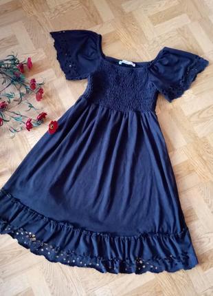 Нежное маленькое чёрное платье в стиле бохо