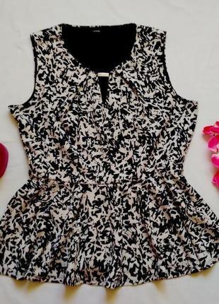 Шикарная блузка с баской с принтом размер 18-20 (48-50)4 фото
