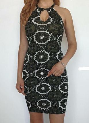 Красивое вискозное платье в королевский принт размер 6-8 (хs-s)