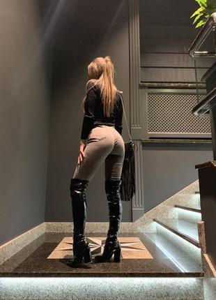 Хакі джинси
