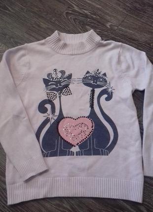 Розовый свитерок