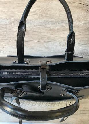 Кожаная вместительная сумочка6 фото