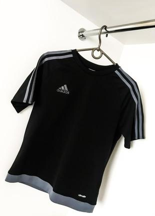 Чёрная с серым спортивная свободная футболка с лампасами полоски adidas адидас