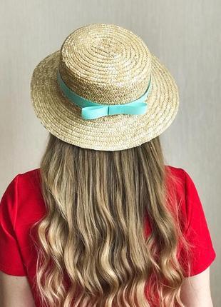 Женская соломенная шляпа канотье с мятной лентой
