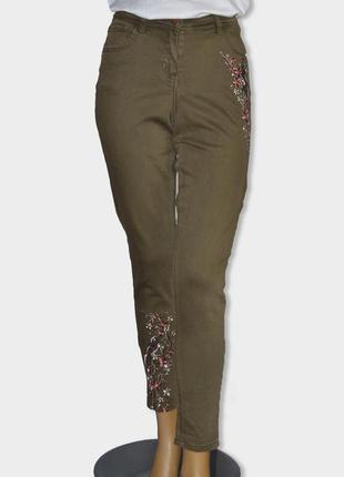 Стильные джинсы с вышивкой от george р.38euro