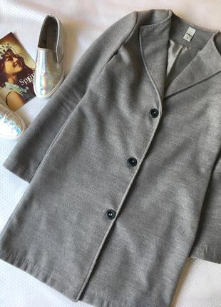 Чудове пальто від zebra😍