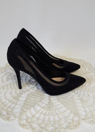 Очень красивые туфли-лодочки