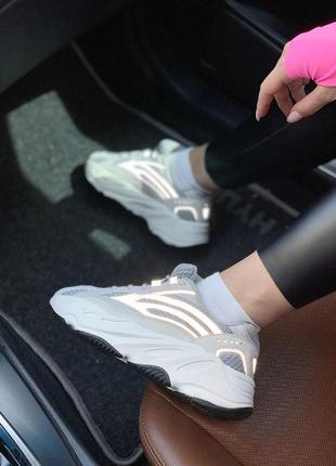 Крутые кроссовки adidas с рефлективными вставками -весна-лето-осень😍4 фото