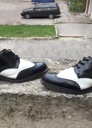 Оригинальные кожаные туфли мартенсы dr martens brando