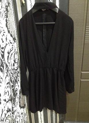 Крутое платье с вырезом,платье черное