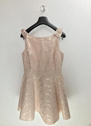 Плаття беж гіпюр