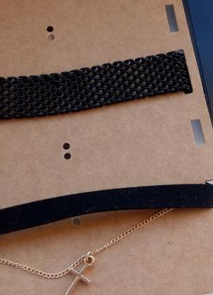 Набір чокерів stradivarius та набір сережок3 фото