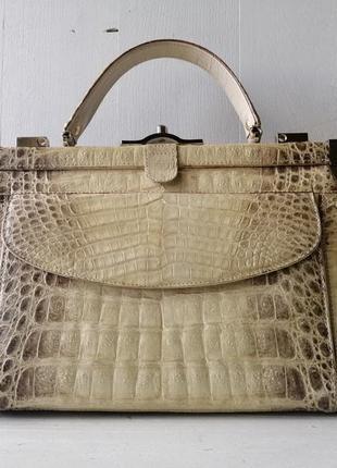 Винтажная сумочка из натуральной кожи крокодила.
