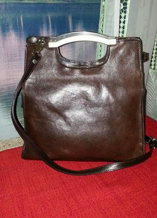 Милая кожаная сумочка