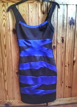 Элегантное платье-карандаш сине-черного цвета