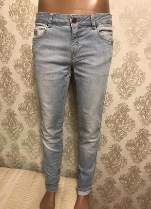Светлые джинсы skinny zara, премиум коллекция. р-40