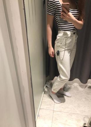 Белые брюки джинсы8 фото