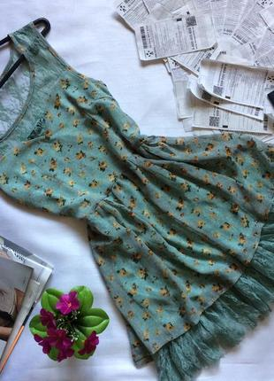 Нежное мятное платье qed lond в цветочный принт шифоновое