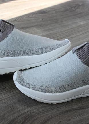 Кроссовки zara footwear оригинал 33 размер
