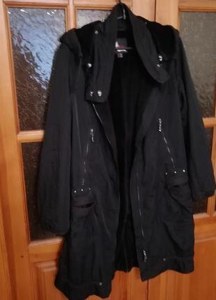 Стильное спортивное тоненькие пальто плащевка на весну размер 54-563 фото