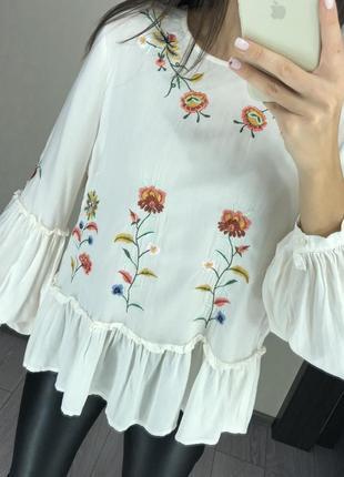 Красивая блузка с вышивкой белая рубашка вышиванка