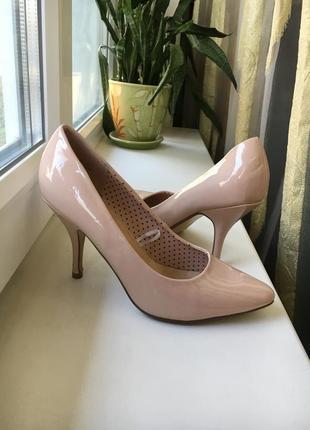 Кожаные туфельки на каблуке пудрового цвета atmosphere