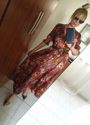 Шикарное платье весна 2019 италия