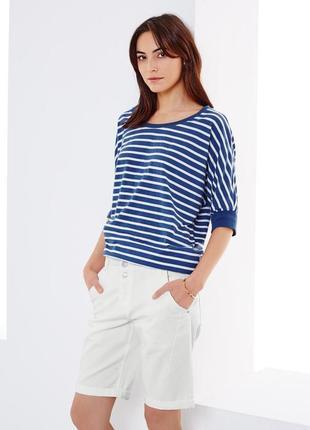 Эту модель можно носить с чем угодно - джинсовые шорты-бермуды с отворотами от tchibo