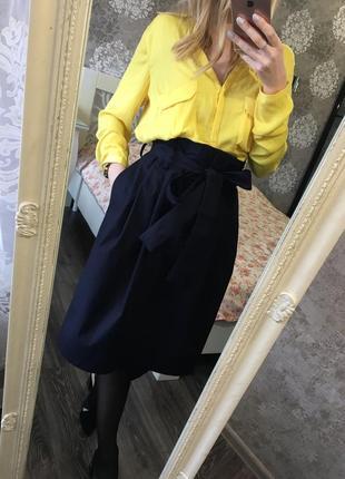 Яркая блузка zara